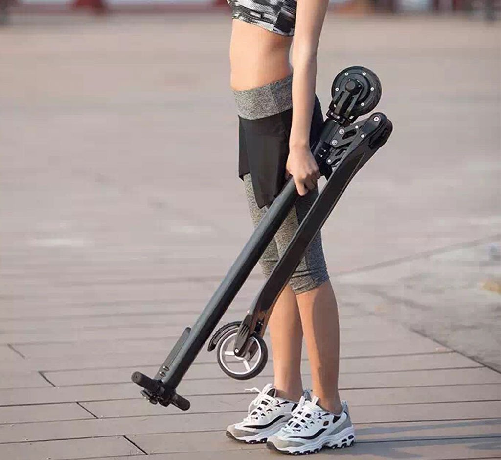 Folding-carbon-fiber-electric-scooter